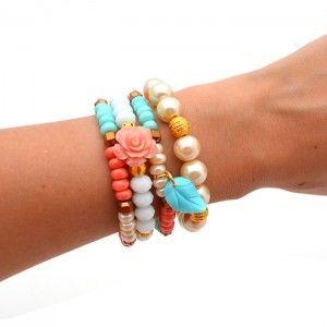 Pulsera Perlas Rosa.    Compra tus accesorios desde la comodidad de tu casa u oficina en www.dulceencanto.com #accesorios #accessories #aretes #earrings #collares #necklaces #pulseras #bracelets #bolsos #bags #bisuteria #jewelry #medellin #colombia #moda #fashion