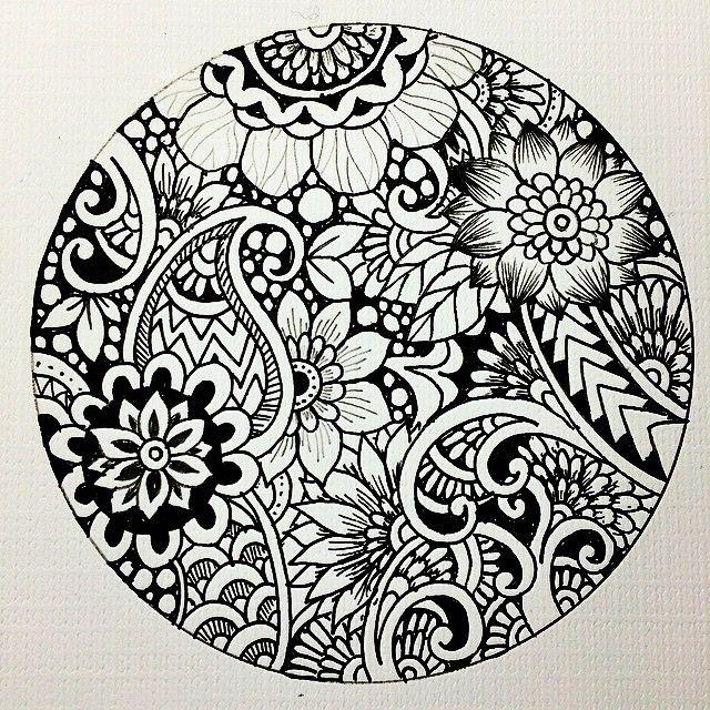 Daily #Zendoodle #zenart #zentangle #ink #instart #instadraw #instadoodle #doodle #drawings #artist #creative #learnzentangle #botanical #flower #tribal #noah'sart #japanese #ゼンタングル