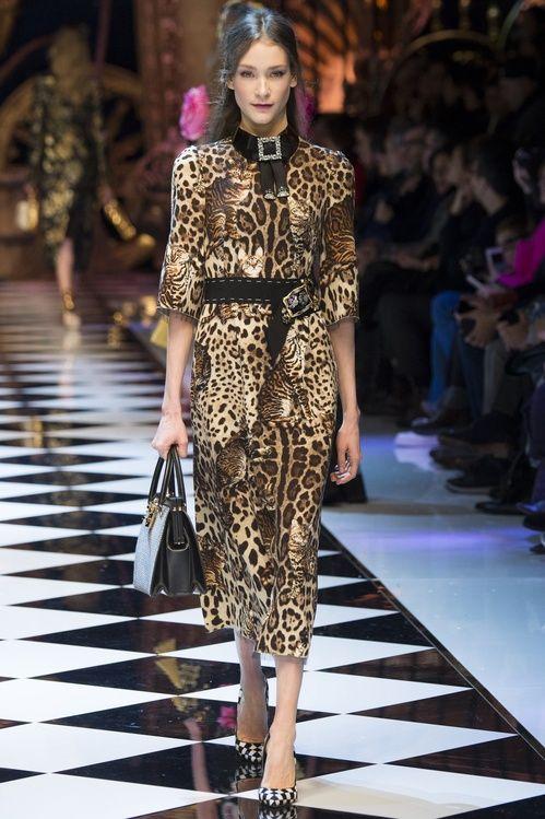 La robe léopard du défilé Dolce & Gabbana automne-hiver 2016-2017