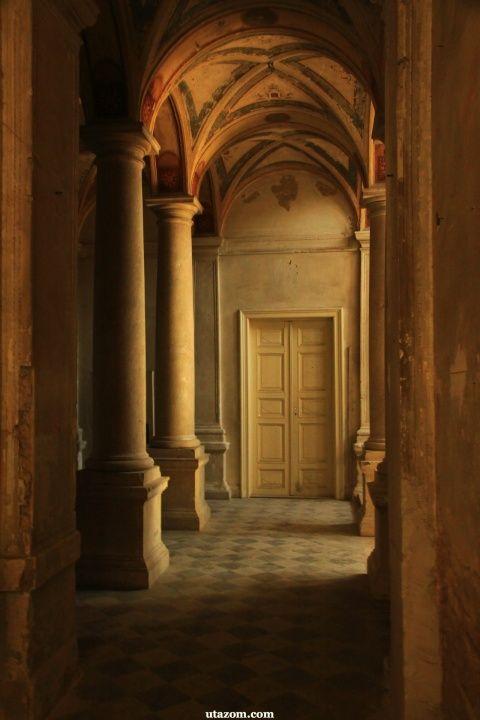 A turai kastély csodája - Messzi tájak Európa gyalogtúra, biciklitúra | Utazom.com utazási iroda