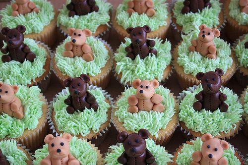 teddy picnic cake :p