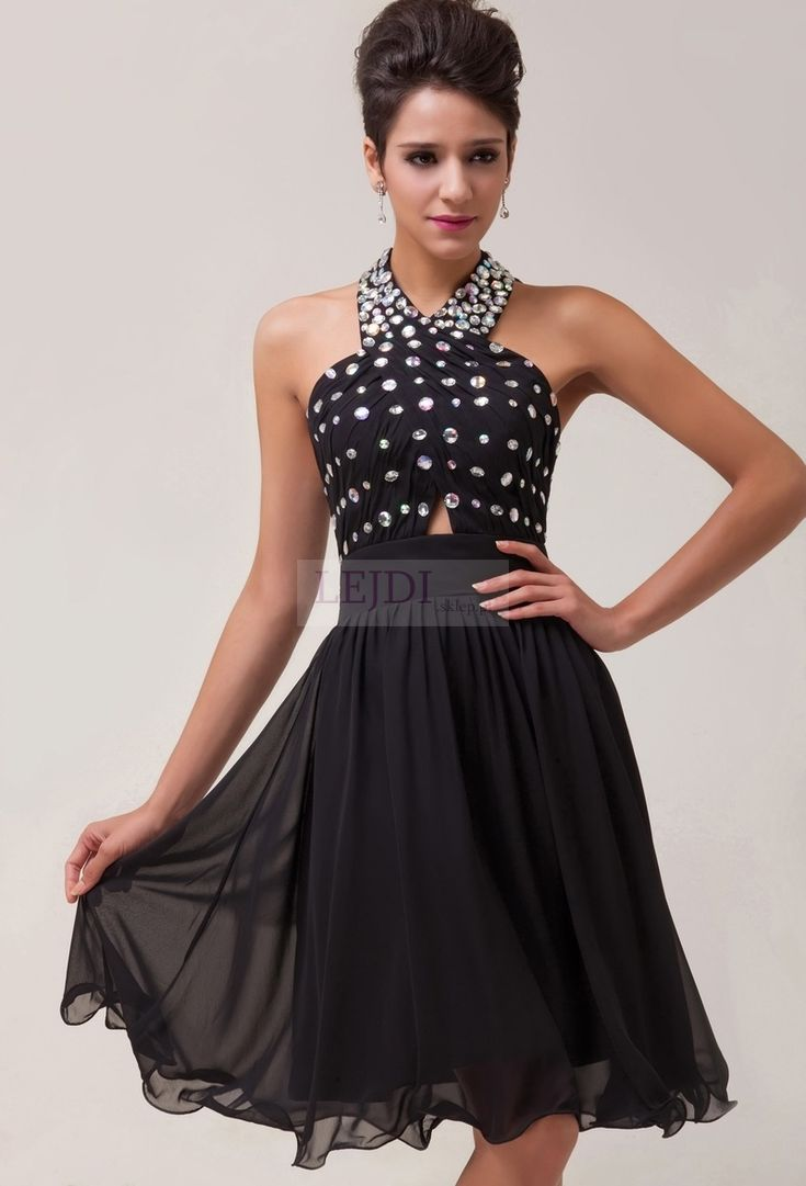 Czarna sukienka na studniówkę / karnawał