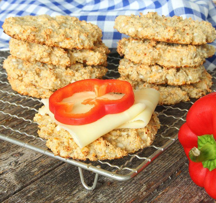 Nyttiga, lättgjorda Kesobröd som inte behöver jäsa! Innehåller 5 ingredienser.