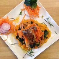 Costolette di agnelo con purè di patata dolce e rapa bianca,cicorria e carote.gluten free