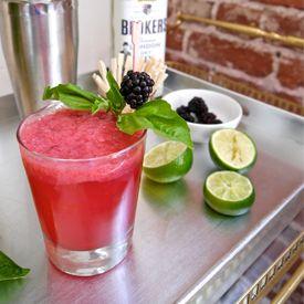 Blackberry Gin Fizz | Beverages | Pinterest
