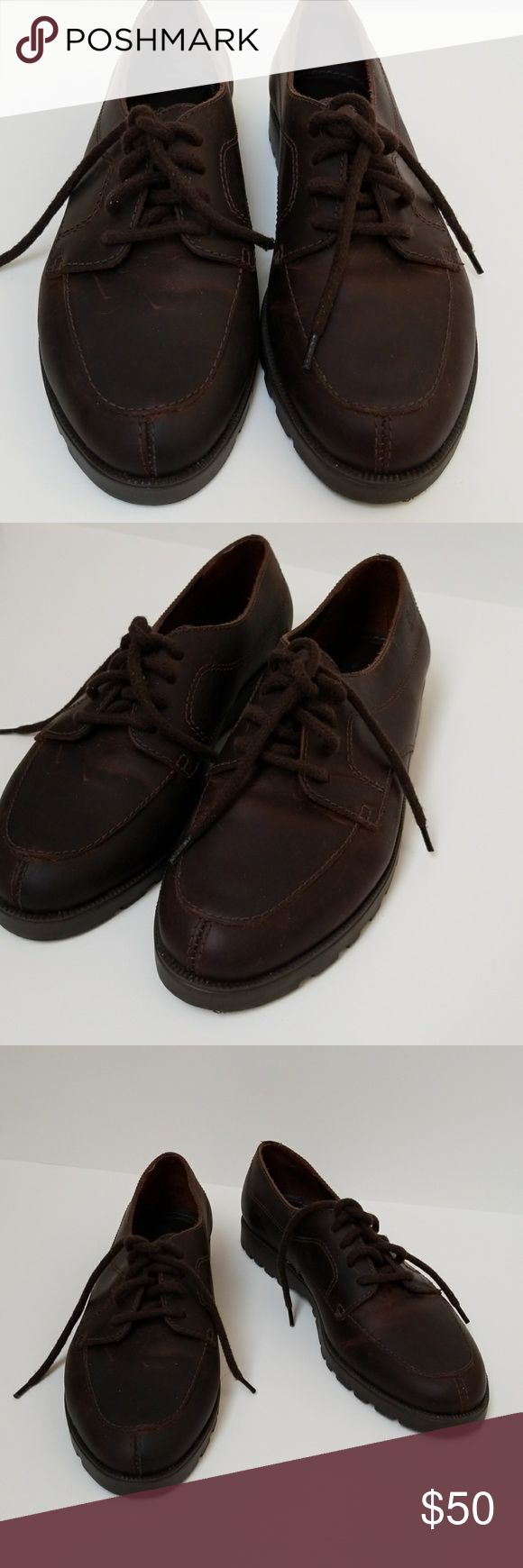 """Bass Leather Oxford Women's Shoes Bass Leather Oxford Women's Shoes. Size 8, brown, 4 eye lace-up, genuine leather upper, non-marking outsole, 1"""" heels, made in Brazil, offers long term wearability and style. EUC Bass Shoes"""