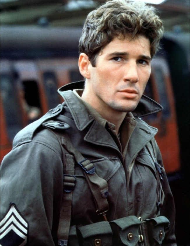 """Richard Gere in his younger days....swoon! I want a """"young"""" Richard Gere! Hey, a girl can dream right?!! ;)"""