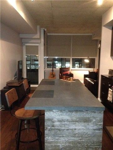 Victory Condos and Lofts-478 King St W #308
