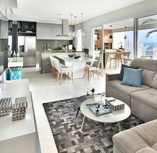 regram @decorandocomclasse Projeto Mikaelian Freitas Arquitetura!