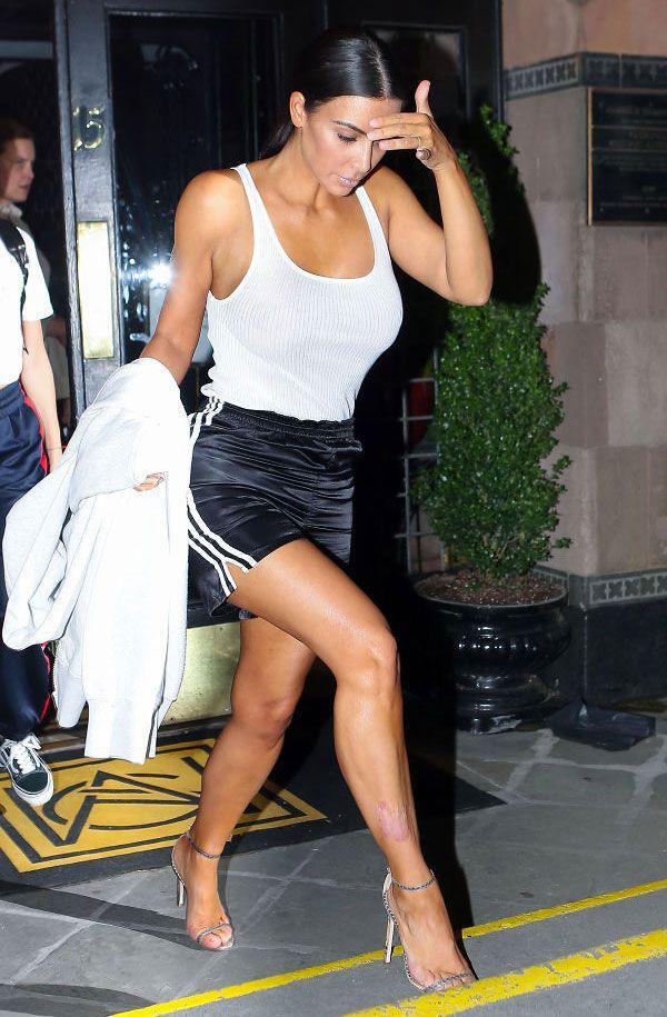 Trendy Now: Bermudas | Kardashians | Kim kardashian, Looks e
