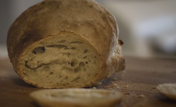 PANE FATTO IN CASA (impasto per pane e pizza)