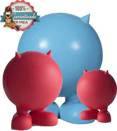 Marciano Maligno con Silbato Escondido - BAD CUZ SQUEAKER  El Marciano Maligno es una quasi pelota que hace un ruido squeakee que tu perro amara la cual es imposible que le quiten el silbato a diferencia de otros squeakers.     El Marciano Maligno es otro de los juguetes favoritos de Frida & Chelsee y les super garantizamos satisfacción.  Dificilmente le botaran el silbato, usualmente los perros, al morder este tipo de juguetes le entierran el colmillo y botan el silbato, dejando el juguete…
