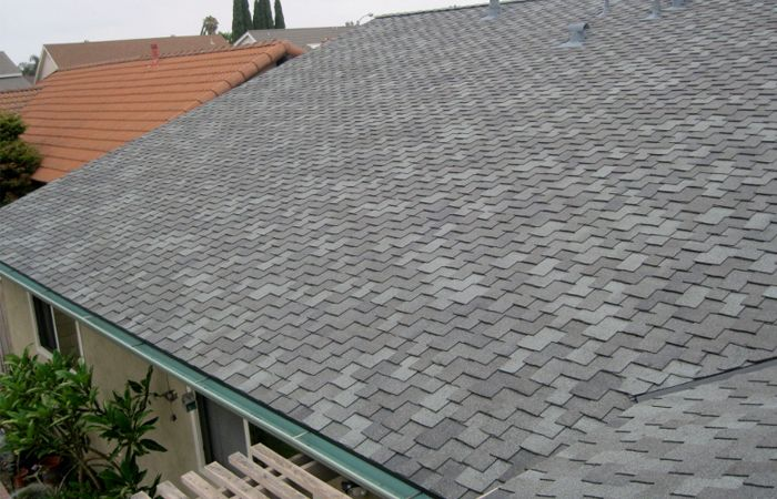 For Best Ever Asphalt Shingle Roofs Contractors In Bronx Contact Us Now And Let Us Make Your Worries Go Away Instantly In 2020 Roof Repair Roofing Roofing Contractors