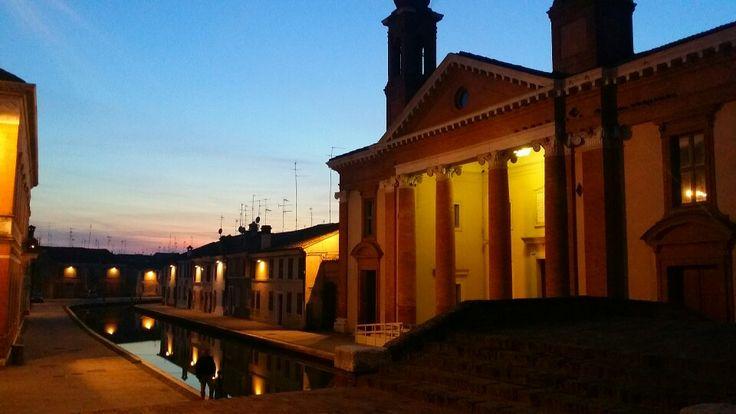 Comacchio #ferrara #emiliaromagna #sunset ph. Raffaella Gorda