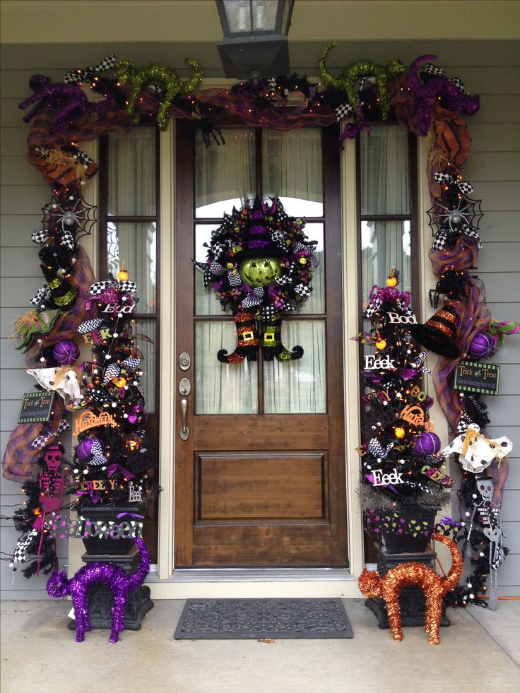 halloween front door designed by grayson daily - Front Door Halloween Decorations