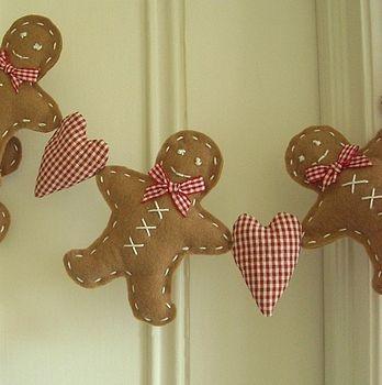Gingerbread man garlandChristmas Crafts, Heart Garlands, Diy Crafts, Banners Ideas, Man Garlands, Gingerbreadman, Gingerbread Garlands, Gingerbread Man, Gingerbread But