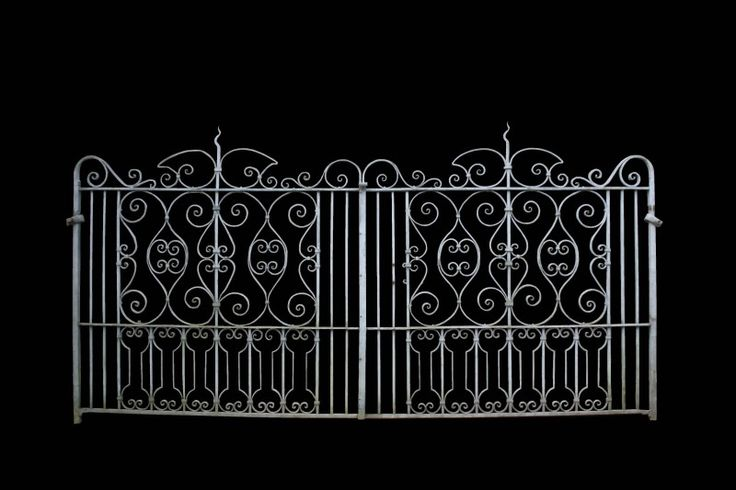 LATE 19TH C. WROUGHT IRON DRIVEWAY GATES AND SIDE GATE - 328 cm