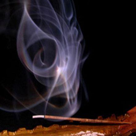 EL INCIENSO es una preparación Milenaria de resinas aromáticas extraídas de múltiples vegetales a las que se le han adicionado aceites y que al arder desprenden un humo muy particula...