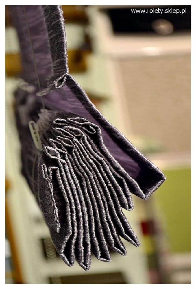 Piękne wykończenie, wolidny materiał, ciekawa kolorystyka. Oto nasze rolety rzymskie.