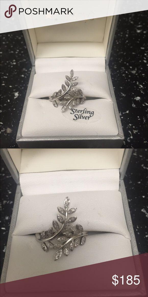 1/2 karat leaf ring 1/2 karat leaf ring from Macy's barely worn Macy's Jewelry Rings