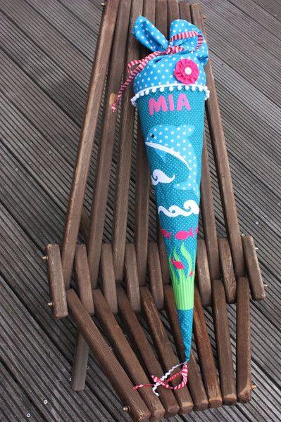 Schultüten – Schultüte / Zuckertüte Delfin + Sterne aus Stoff – ein Designerstück von larimari bei DaWanda