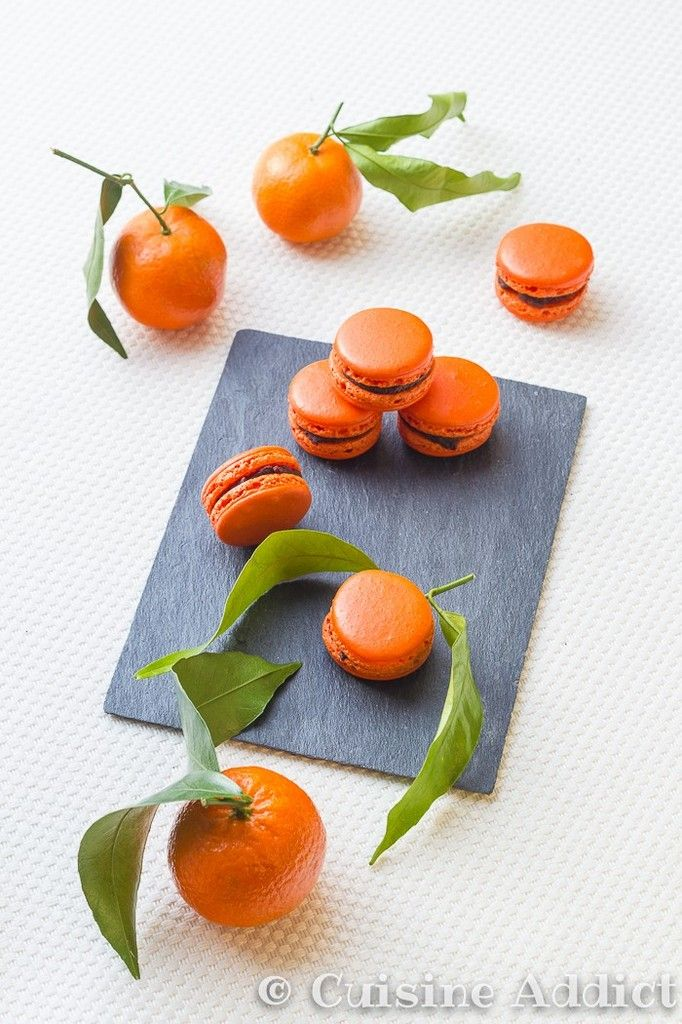 Clementine & Chocolate Macarons