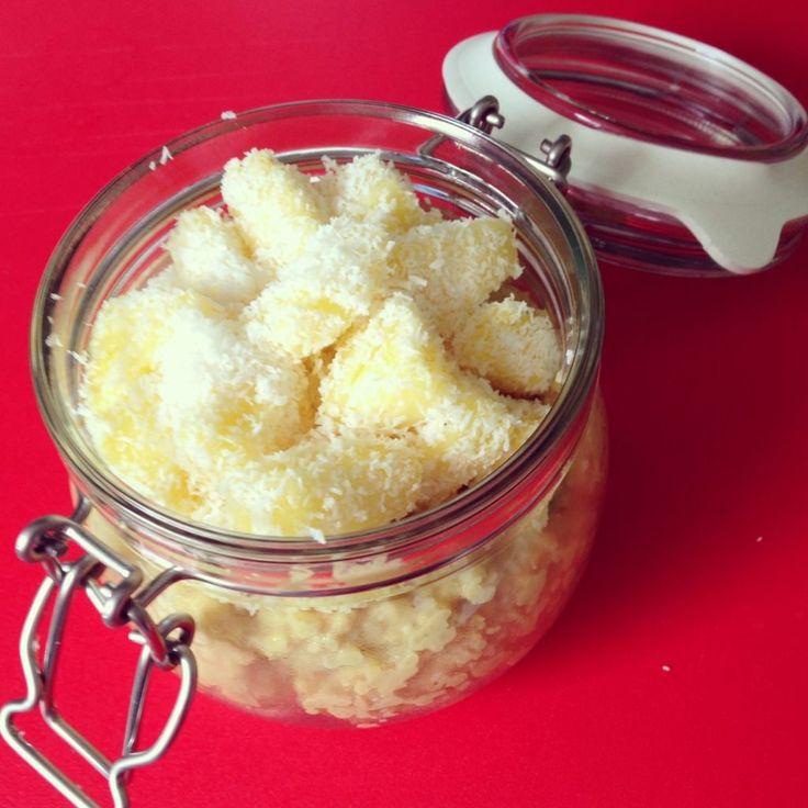 Hmmmm….wenn man morgens keine Zeit hat um sich ein Frühstück zuzubereiten, eignet sich Hirse perfekt. Sie lässt sich leicht am Vorabend vorbereiten und muss morgens nur noch mit Obst nach Wahl gemischt werden. Ihr braucht: 75 gr Hirse 300 ml Vanilledrink 1 Pck Vanillezucker 4 Scheiben frische Ananas 15 gr Kokosflocken Zubereitung: Hirse vorher gründlich...