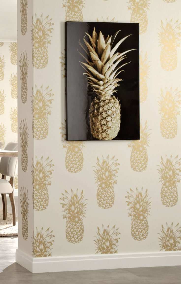 Fabulous metallic gold pineapple wallpaper.
