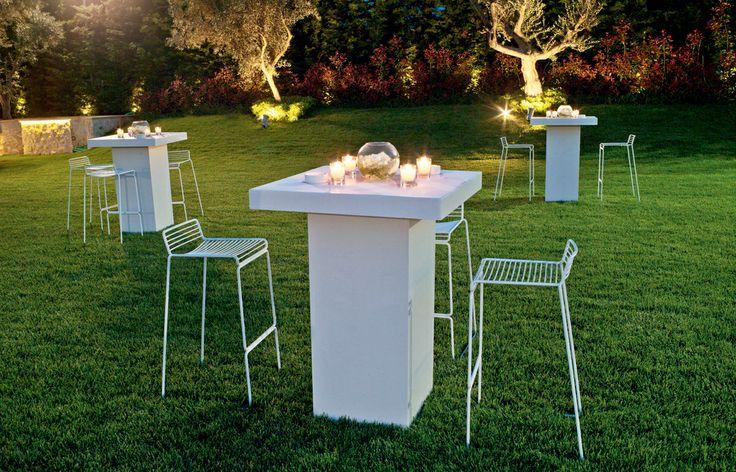 Stylebox - Ψηλά τραπέζια & σκαµπό για cocktail parties