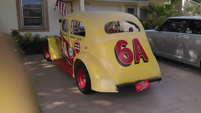 De 35 b sta dave bitchin rides kindig bilderna p for 1937 ford 4 door humpback