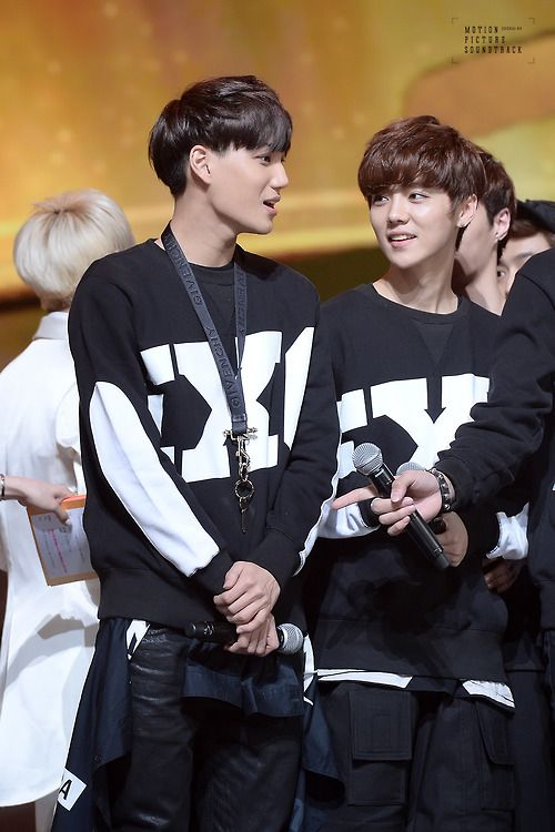 Kai and Luhan!!! Ahhhh!!!! I have Luhan's sweater!!!!!