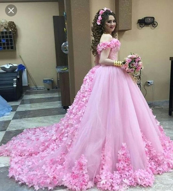 10 best gowns nd frocks images on Pinterest | Bridal dresses, Gown ...