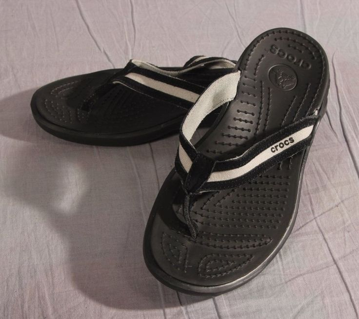 Women's Crocs Sandals Black Size 8 M Leather T-Strap Low #Crocs #TStrap
