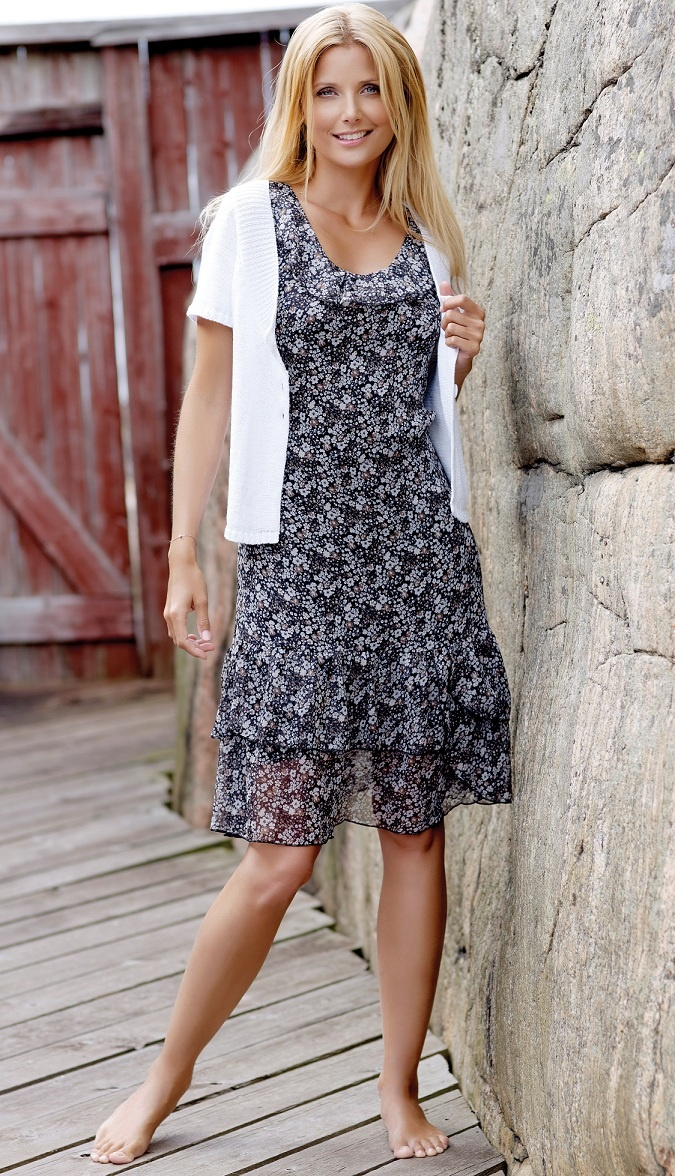 Søt kjole med blomsterprint