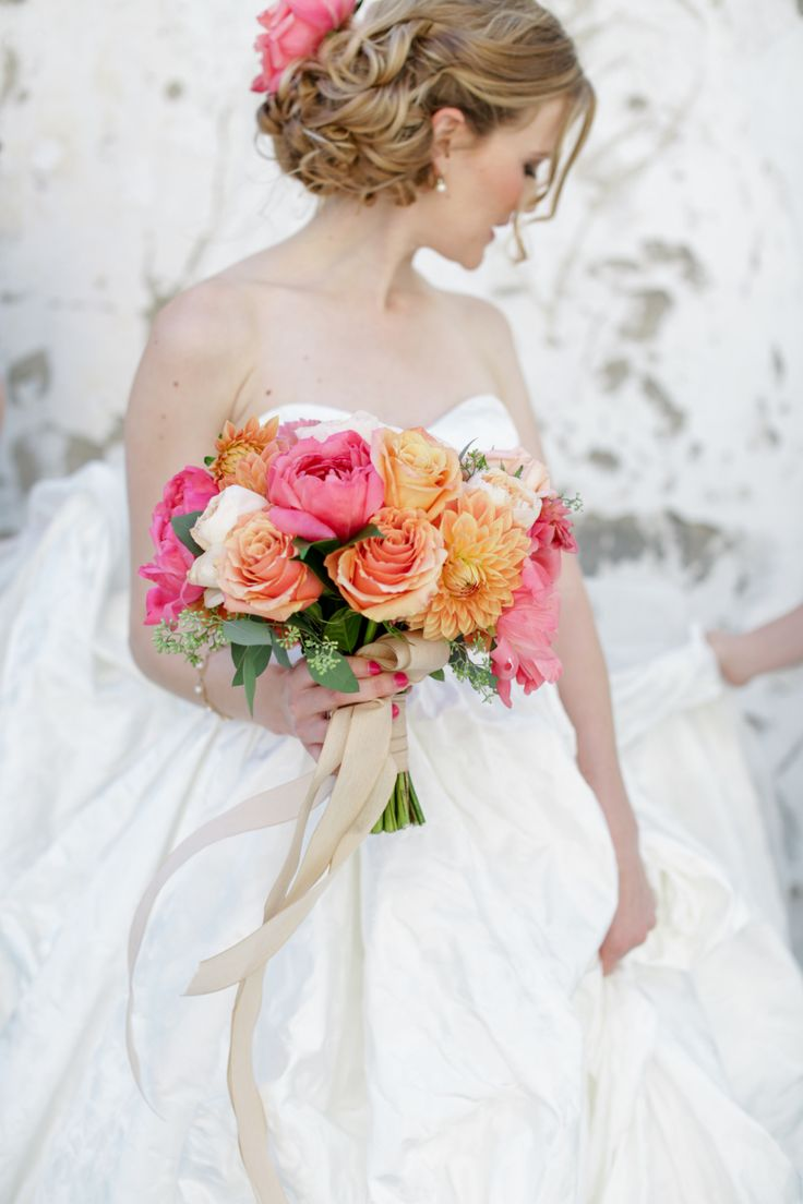 Colorful peach and hot pink bouquet: Photography : Jenny Smith & Co. - http://www.jennysmithandco.com/