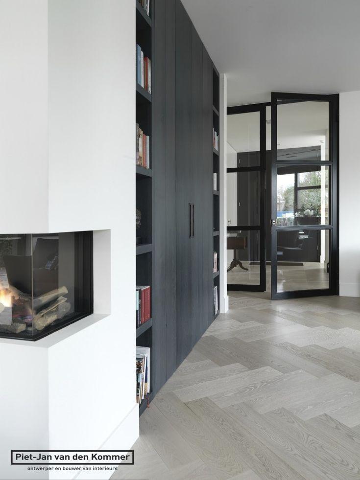 Moderne villa - Tvmeubel-boekenkast