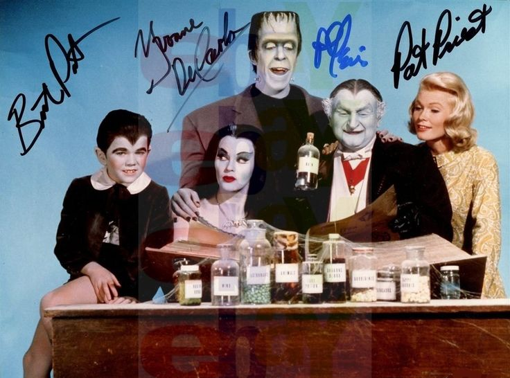 REPRINT RP 8x10 Signed Autographed Photo Picture: The Munsters Cast Color