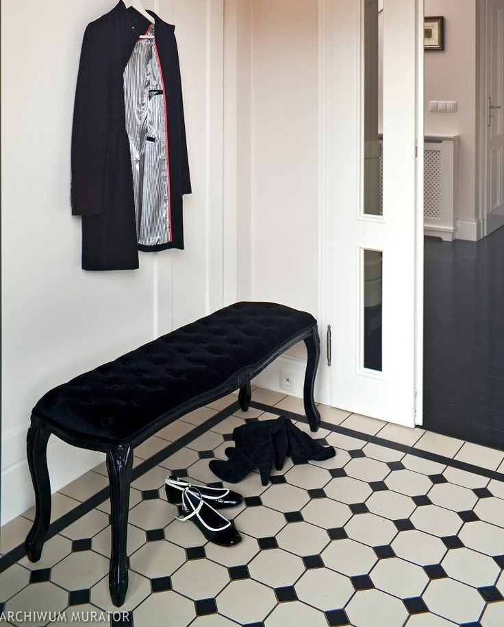 Szachownica na podłodze - podłogi - -Urzadzamy.pl