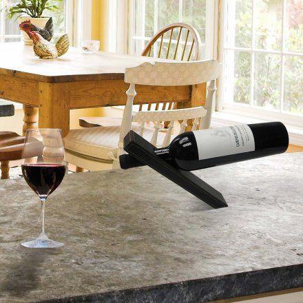 Magischer Weinflaschenhalter von Thumbs Up jetzt im design3000.de Shop kaufen! Der Magische Weinflaschenhalter setzt die Gravitation außer Kraft! Er...