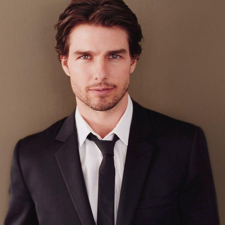 Tom Curise. He's so pretty.