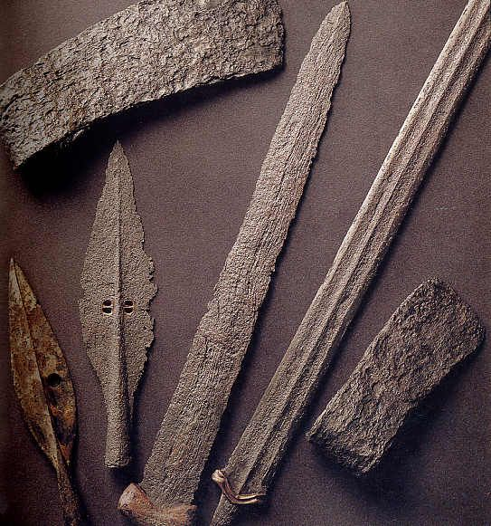 Ancient Greek Army Weapons | ... weapons have been found in Greece - Ancient Bronze Weapons Found in
