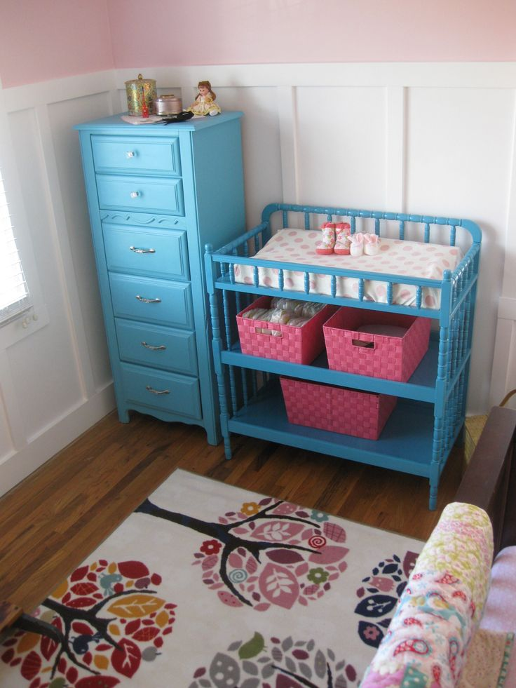Love the changing table and the little dresser