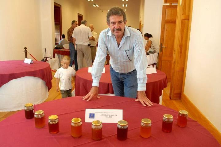 Cata de miel en la Casa Condal de Telde