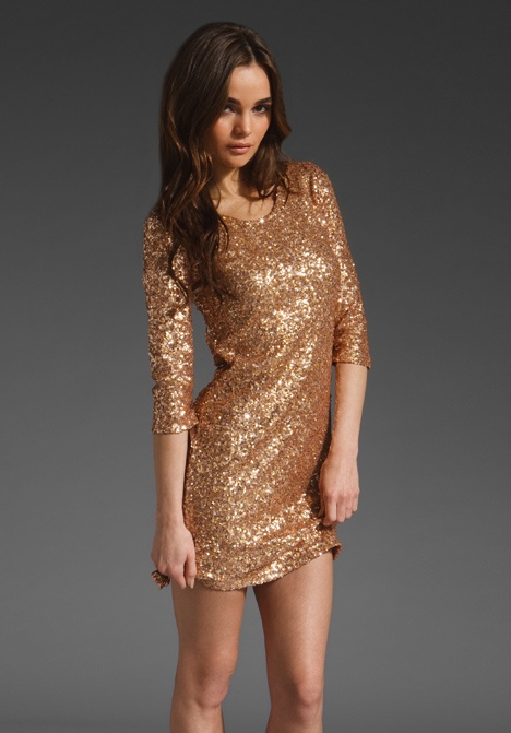 I need a sparkling dress: Revolvers Clothing, Gold Dresses, Revolve Clothing, Fashion Blog, Sway Dresses, New Years Eve, Prom Dresses, Rosegold Sequins, Rose Gold
