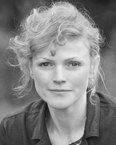 Maxine Peake was BAFTA nominated for her performances in HANCOCK AND JOAN as well as THE VILLAGE. She can currently be seen performing HAMLET at the Royal Exchange Theatre in Manchester.   Credits Include: SILK, BBC  CRIMINAL JUSTICE, BBC  SEE NO EVIL, Granada  HANCOCK AND JOAN, World Productions for BBC  THE VILLAGE, Company Pictures