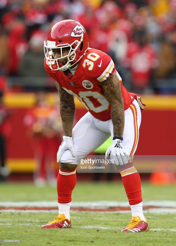 f9a101a0f Kansas City Chiefs running back Charcandrick West in the first ...