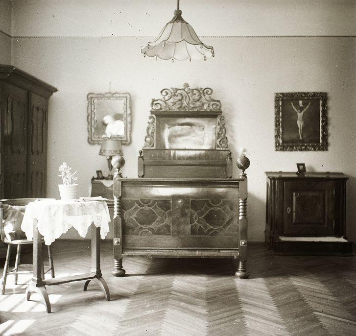 Egy szép hálószoba a 30-as évek elejéről