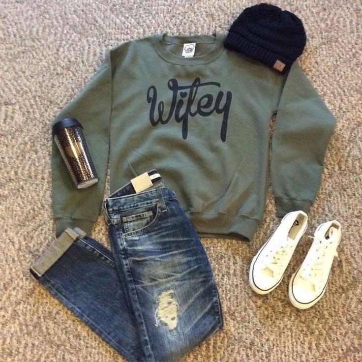 Wifey Sweatshirt - Bedazzled