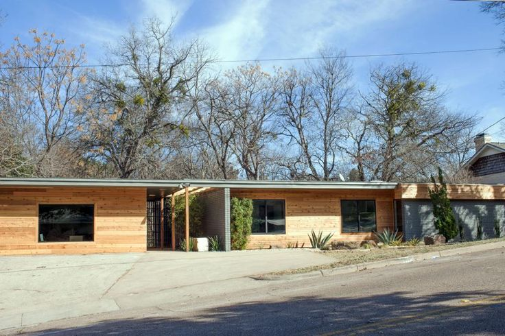 A Fixer Upper Take On Midcentury Modern In Search Of