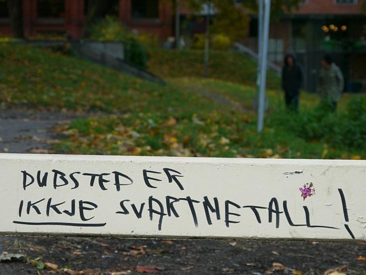 """Oslo Street Art: -- """"Dubstep er ikkje svartmetall"""""""